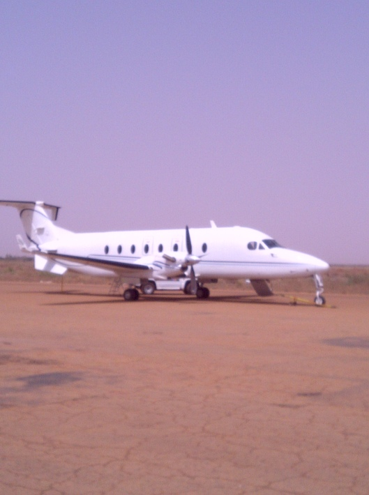 Plane from Niamey to Imouraren